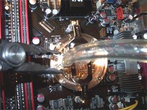 Lắp hệ thống tản nhiệt bằng nước cho máy tính |hoc sua chua may tinh|noi hoc sua chua may tinh |dia chi hoc sua chua may tinh