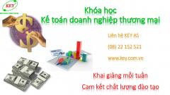 Học kế toán thương mại