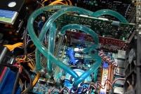Lắp hệ thống tản nhiệt bằng nước cho máy tính